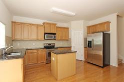 2075 Liberty Ct Atlanta GA-large-005-8-Kitchen-1500x1000-72dpi